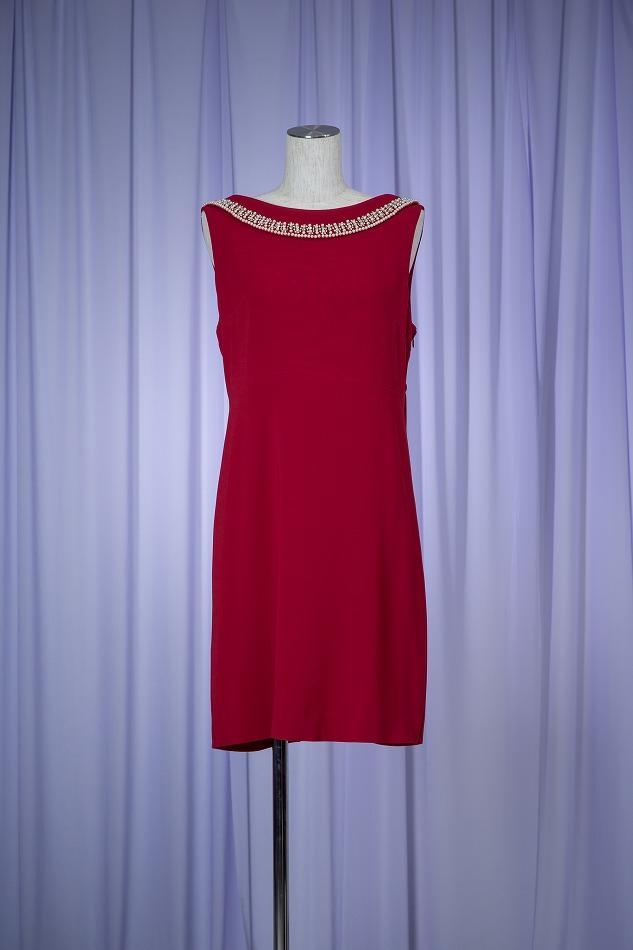 c4d56e8c46c87 GRACE CONTINENTAL グレースコンチネンタル 赤バックリボンビジュードレス - 結婚式・パーティドレス レンタル